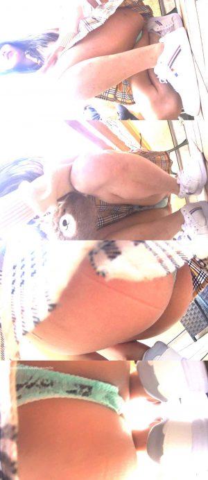 マ●コもアナルも見えそう(/ω\)パンツのタグまでクッキリ!匂いまで伝わってきそうなくらいド接近!(''ω'')