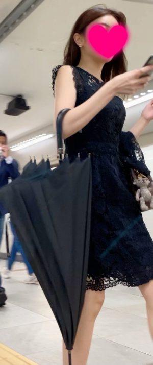【某人気インスタグラマー】美人女子大生のどエロいパンツを盗撮!陰毛あり!JD