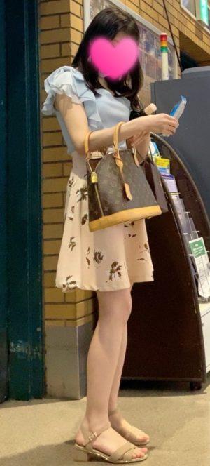 【優勝】超美人女子大生のどエロい下着を盗撮!顔出し!JD