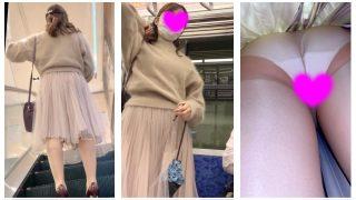 可愛いお姉さんの純白パンツを盗撮!顔出し!OL