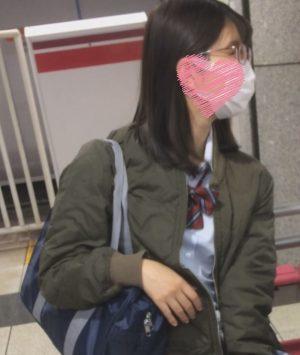 DUCK001 清楚・真面目系女子高生の可愛いピンクのぱんちゅ