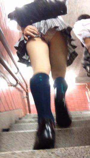 階段ミニスカ娘vol.7