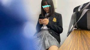 塾で一番勉強の出来るあの娘の盗撮で大胆パンチラ!【さゆりちゃん】