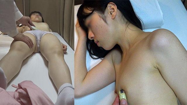 内科検診 無垢なJKが乳首を触診され恥ずかしがる
